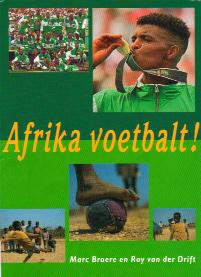 book cover Afrika voetbalt!