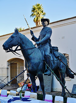 Southwest Equestrian (Reiterdenkmal) at the Courtyard of the Old Fortress, Windhoek. Photo: Zairon, Wikimedia Commons, CC BY-SA 4.0